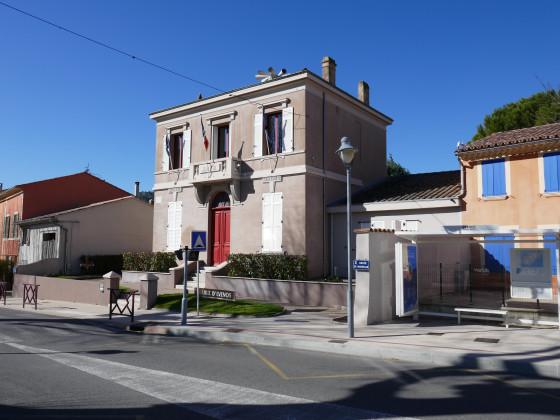 La mairie d'Evenos