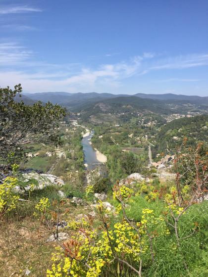 Vue sur la vallée du Gardon ...