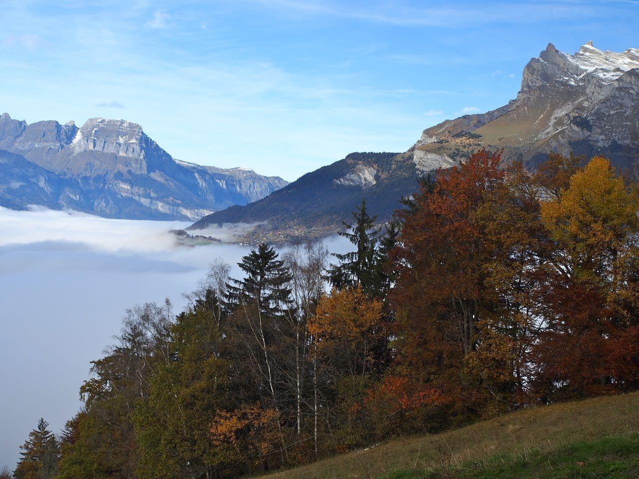 Photo depuis la mont e au prarion vers l 39 aiguille de varan et la pointe d 39 aveu - Au bout de l aiguille ...