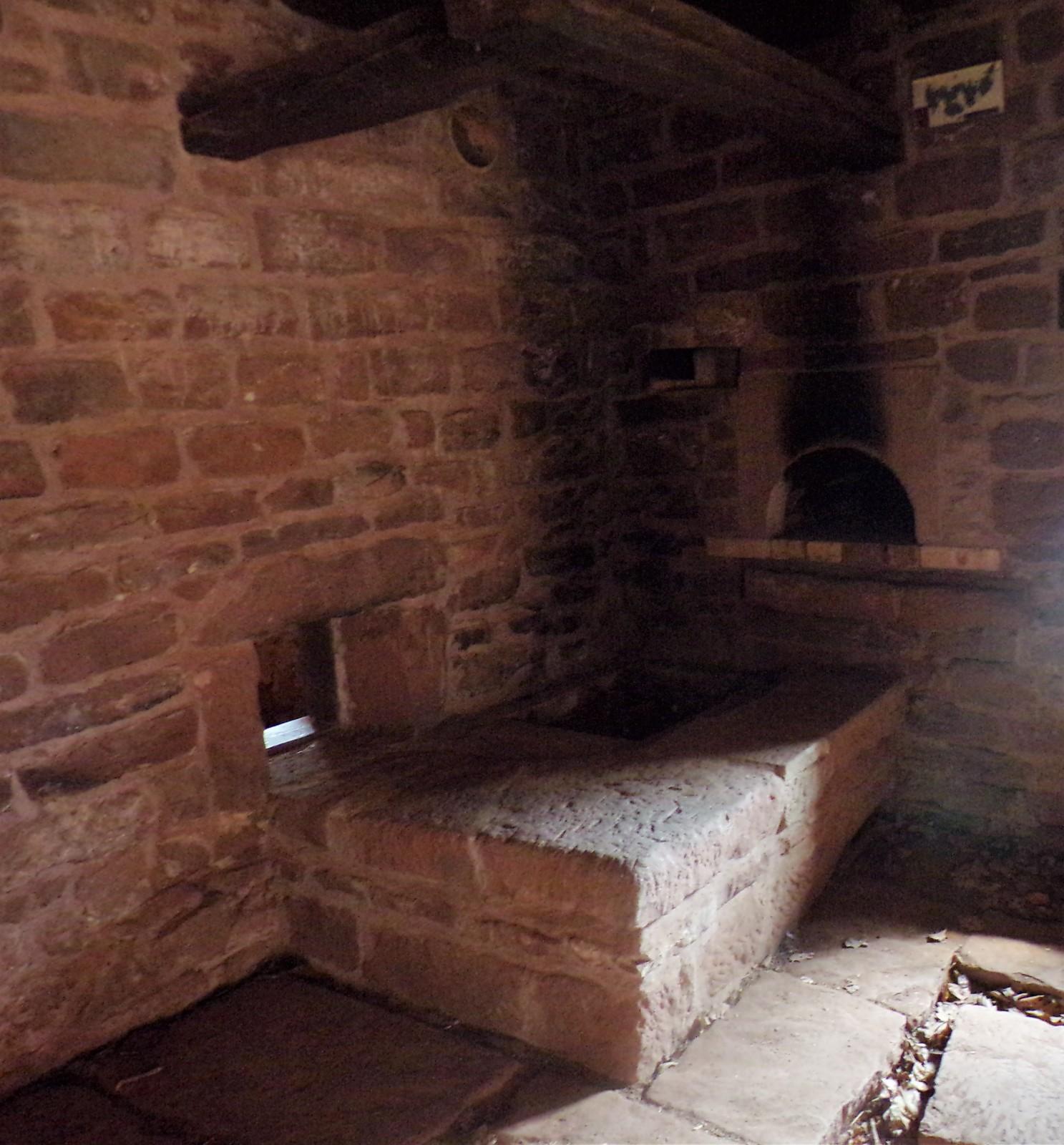 Photo int rieur de la grande maison for Interieur original maison