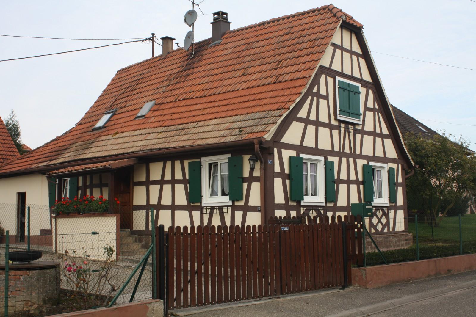 Maisons alsaciennes stunning la petite france jolies - Maison a colombage alsacienne ...