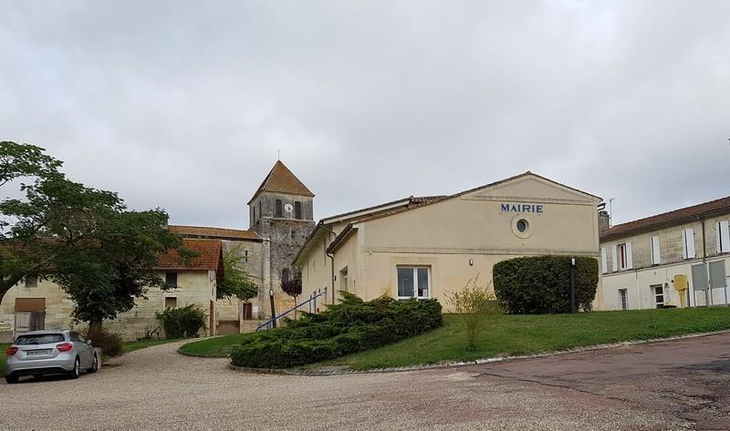 Photo Saint Martin du Bois # Saint Martin Du Bois