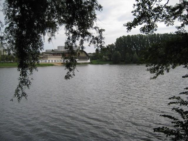Photo tour du lac sedan for Tours piscine du lac