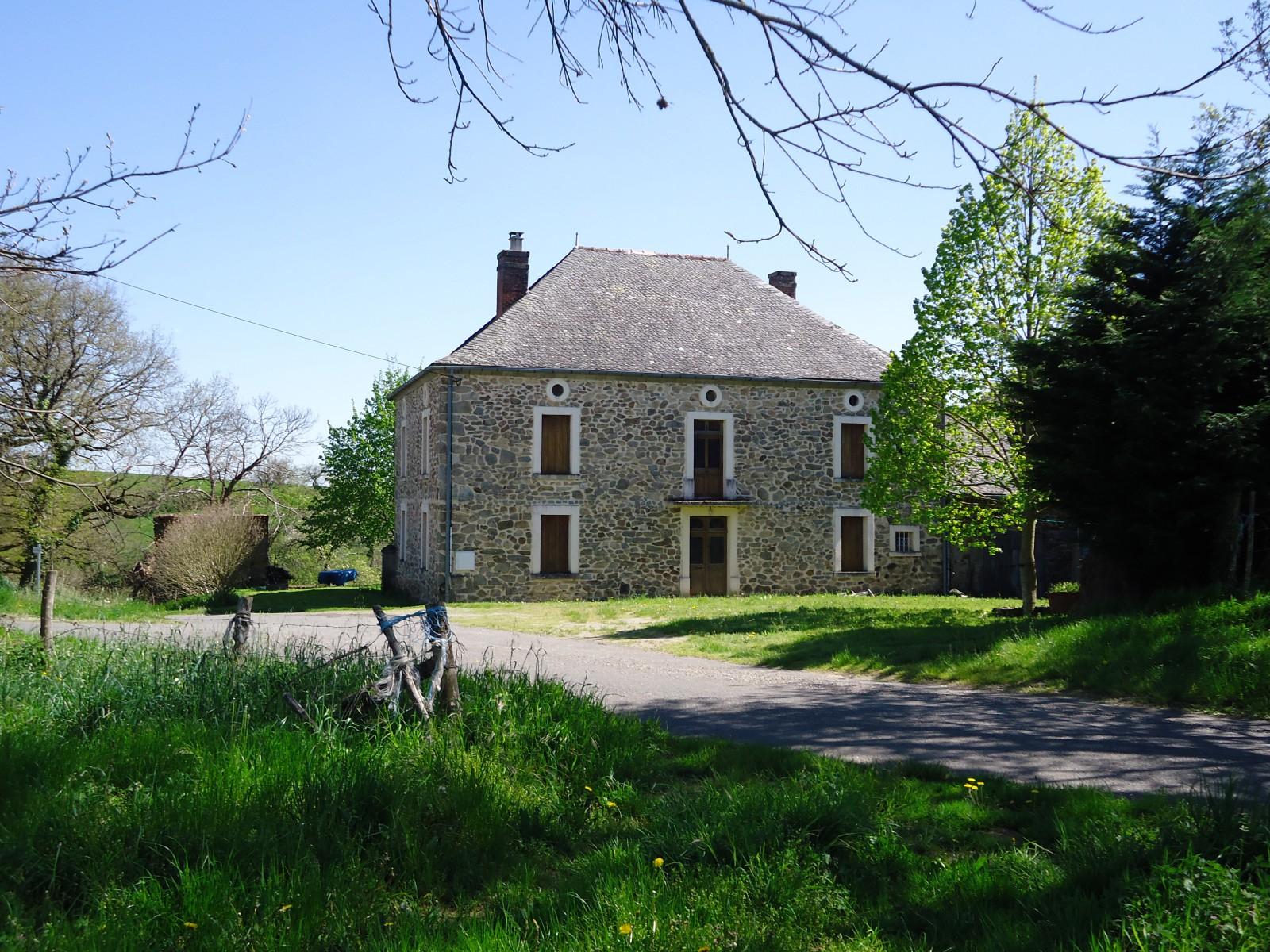 Une Maison Belle : Photo une belle maison