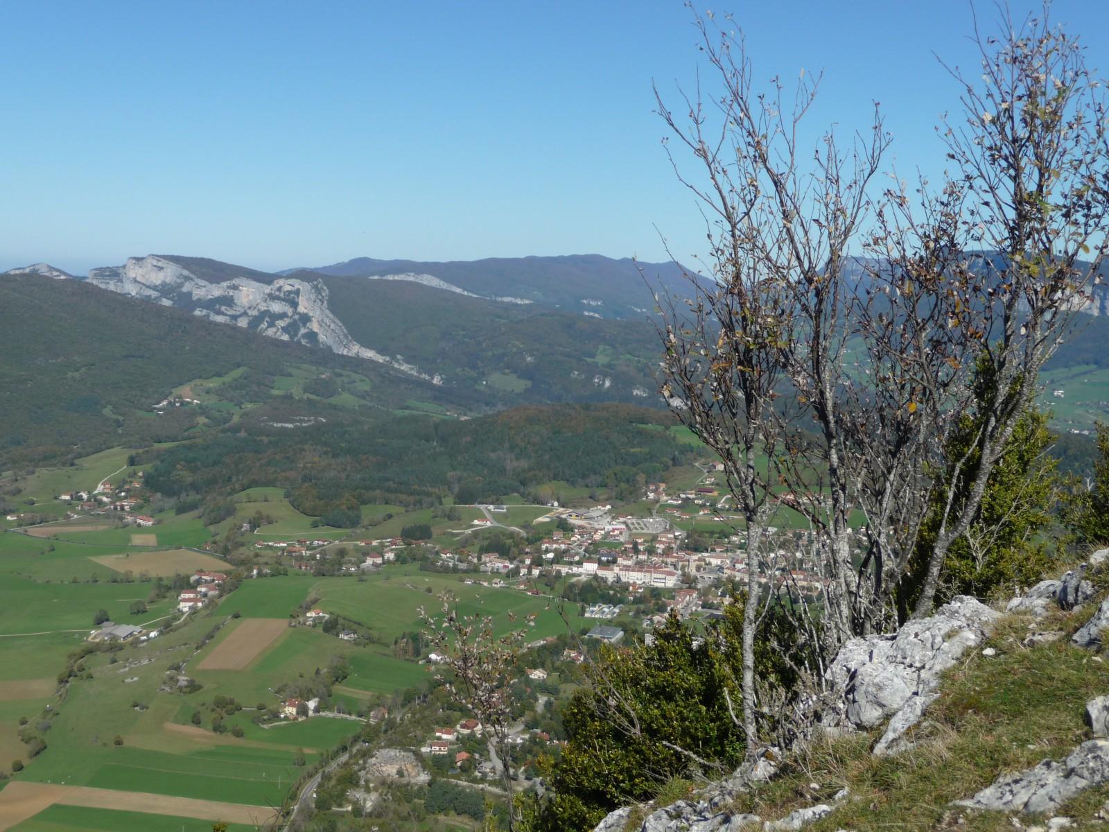 Photo vue sur plateau de la chapelle en vercors depuis la roche du mas - Office du tourisme la chapelle en vercors ...