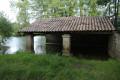 Ancien lavoir en bord de Sèvre Niortaise