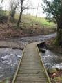 Ce ruisseau peut être traversé à pieds secs