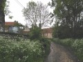Chemin fleuri entre Moulineaux et Pontaly.