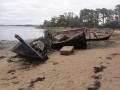 Cimetière de bâteaux sur l'ile de Berder