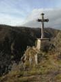 Croix au dessus de la vallée de l'Ay