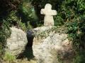 Croix modeste