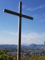 La Croix de Sainte-Catherine par les ruines du couvent et le vallon