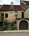 Deux anciens logis vignerons reconvertis en une unique habitation