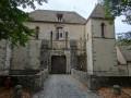 Entrée de côté du Château des Mesnuls