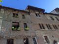 Façades près de la cathédrale à Cahors