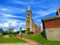 Face à L'église de Rebreuve Ranchicourt