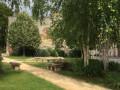 Fontaine à proximité de la Cathédrale Saint-Gervais et Saint-Protais