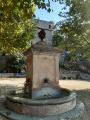 Fontaine de la place du village de Penta-di-Casinca
