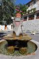 Fontaine place de la mairie à Conségudes