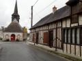Habitation traditionnelle dans le village de Vannes sur Cosson