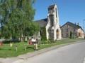 L'église de la Neuville aux Larris