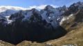 La Cime du Sambuis au-dessus du Col de Combache, le Roc de Montet, le Roc de Pellegrin, le Rocher Roux, et le Puy Gris