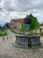 La fontaine ronde ...
