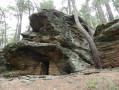 Le long de la Connes vers la grotte des Baumes
