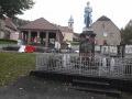 Lavoir Eglise et monument à Brevilliers