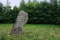 Le dolmen qui penche