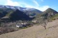 Le Hameau des Chauvins et la Montagne de Couspeau en hiver