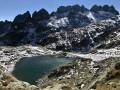 Le Lac de la Croix, face aux Aiguilles de l'Argentière