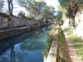 Le long du canal un peu avant l'acqueduc