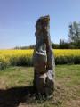 Le menhir de l'étang de Chènevry