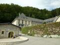 Le monastère de Chalais et le Rocher de Bellevue depuis Le Chevalon