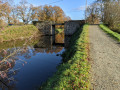 Le Pont de pierre franchit le Canal d'Ille et Rance