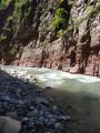 Le Var et les roches Rouges des Gorges de Daluis