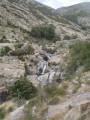 Les vasques sous la passerelle de départ des canyonneurs.