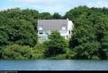 Maison donnant directement sur le lac