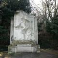 Monument à Clément Ader