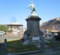 Monument aux morts et kiosque de Solre-le-Château