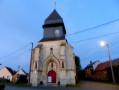 Palce de l'église à Sentelie