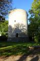 """Photo du donjon de Villeneuve-sur-Yonne ou """"Grosse Tour"""""""