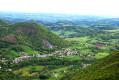 point de vue sur le plateau depuis le sommet (Héchettes et Hèches au premier plan)