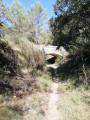 Pont qui enjambe l'ancien canal