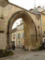 Porte du Cloitre Saint Spire