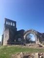 Ruine d'église au Vieux Bourg.