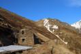 Ruine d'un barraquement aux mines de Pala Bidaou