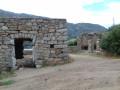 Ruines de maison en pierre