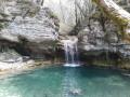 Grottes, ruisseaux, cascades et gouffre au départ d'Ordonnaz